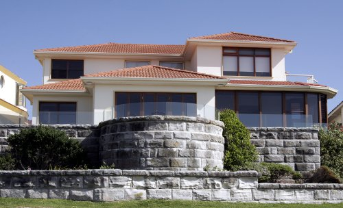 Sutherland Shire, Large House